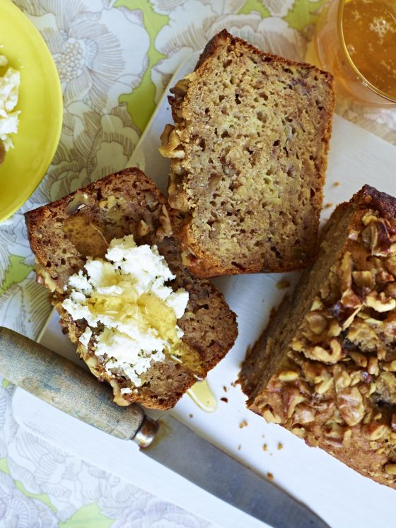byron bay nutritionist chrissy freer warm banana bread