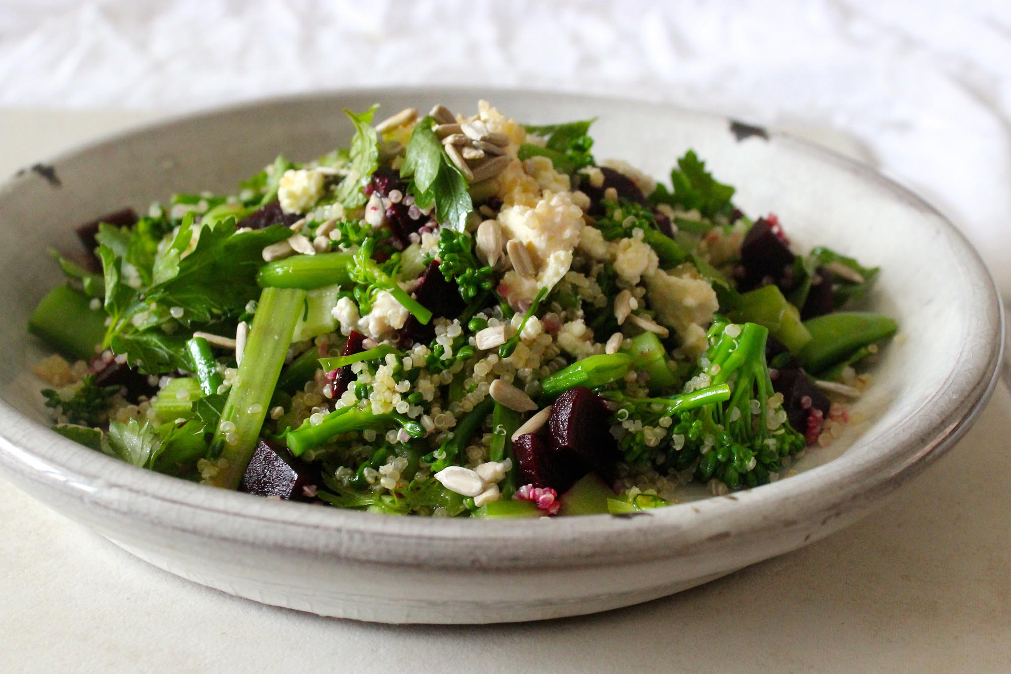 chrissy freer byron bay nutritionist quinoa salad