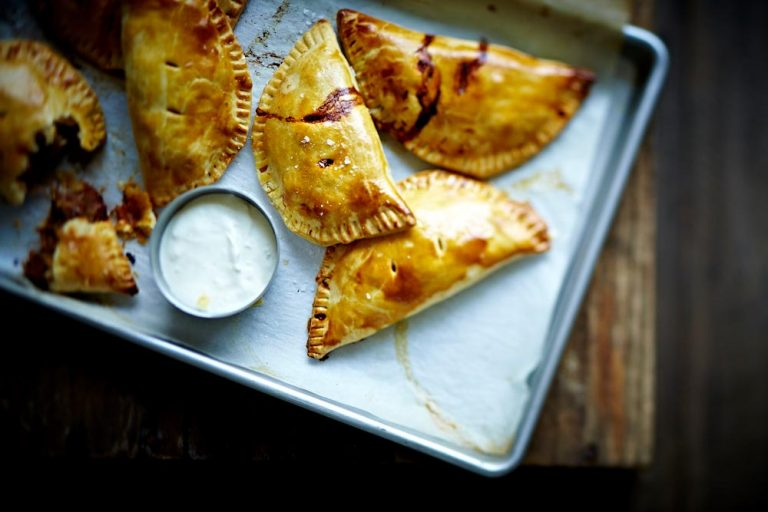 chrissy freer byron bay nutritionist slow cooked lamb empanadas