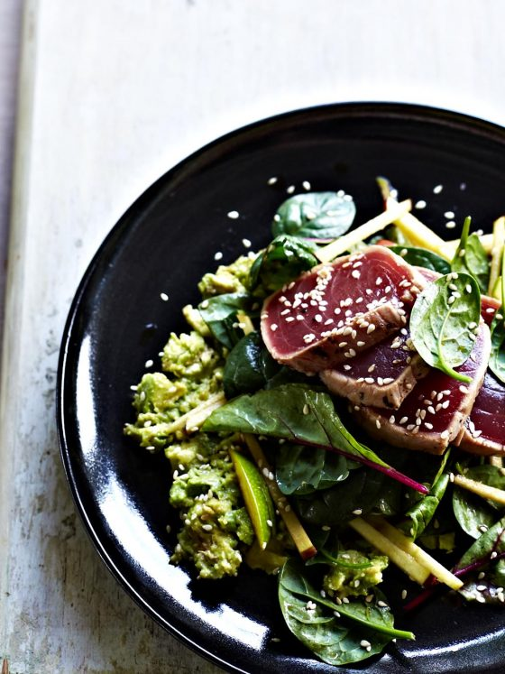 chrissy freer byron bay nutritionist tuna tataki